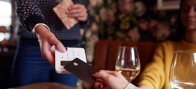 Maquininha de cartão e as taxas que você precisa conhecer